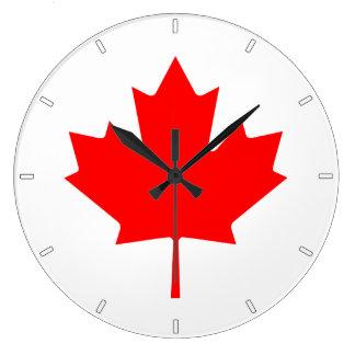 カナダの旗のカエデの葉の柱時計 ラージ壁時計