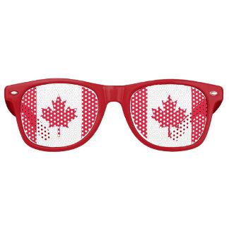 カナダの旗のカエデの葉赤く白いカナダ レトロサングラス