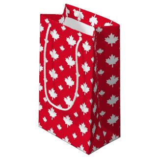 カナダの白いカエデの葉の赤い色パターン スモールペーパーバッグ