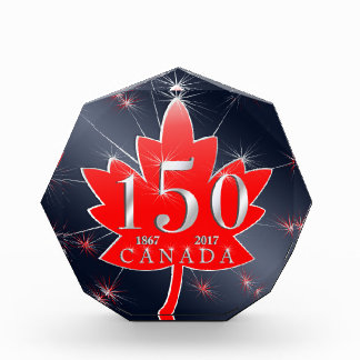 カナダの150thカエデの葉及び花火のお祝い 表彰盾