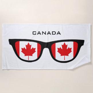 カナダはカスタムな文字のビーチタオルを影で覆います ビーチタオル
