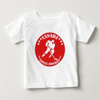 カナダはホッケーを愛します ベビーTシャツ