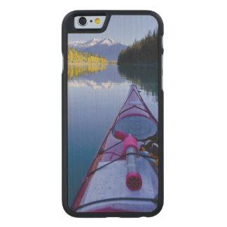 カナダ、ブリティッシュ・コロンビアのBowron湖 ケース