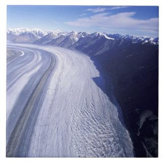 カナダ、ユーコン準州の領域、Kluaneの国立公園 タイル