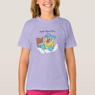 カバの子供のTシャツを目覚めさせること Tシャツ