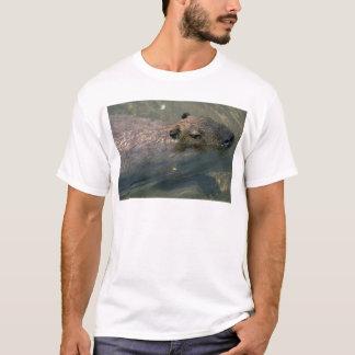 カピバラの水泳 Tシャツ