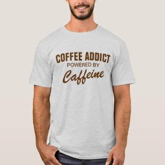 カフェインのTシャツによって動力を与えられるコーヒー常習者 Tシャツ