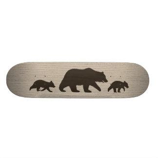 カブスのシルエットを持つ灰色グマ スケートボードデッキ
