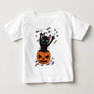 カボチャのハロウィンの黒猫の素早く書き留めること ベビーTシャツ