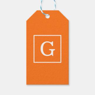 カボチャオレンジ白によって組み立てられる最初のモノグラム ギフトタグ