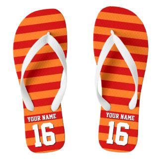 カボチャオレンジ赤のチームジャージーのプレッピーなストライプ ビーチサンダル