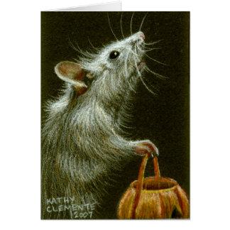 カボチャバスケットHalloweenCardを持つマウス カード