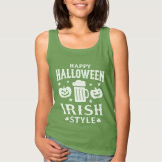 カボチャ及びビールアイルランド人のハロウィンの気味悪いスローガン タンクトップ