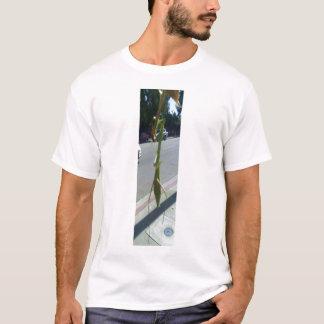 カマキリを祈ること Tシャツ