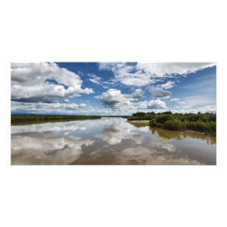 カムチャツカ半島のカムチャツカ半島の川。 ロシア カード