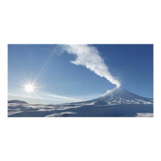カムチャツカ半島の噴火の火山。 ロシア語 カード