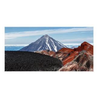 カムチャツカ半島のKoryakskyの火山。 ロシア カード