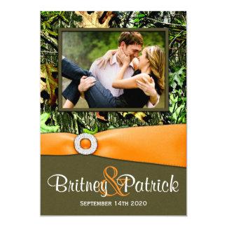 カムフラージュのオレンジ狩りの迷彩柄の結婚式招待状 カード