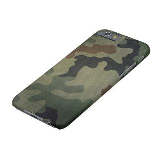 カムフラージュのヴィンテージのスタイルパターン BARELY THERE iPhone 6 ケース