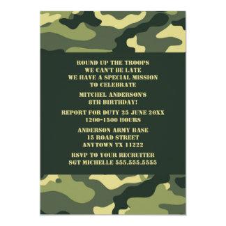 カムフラージュの誕生会の招待-現実的な迷彩柄 カード