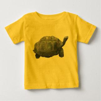 カメのユニセックスな幼児のTシャツ ベビーTシャツ