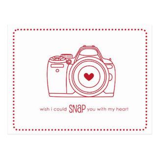 カメラのおもしろいなバレンタインの郵便はがき(赤い) ポストカード