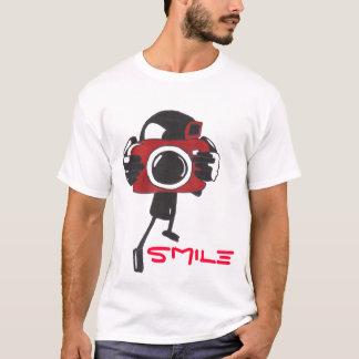 カメラのスマイル Tシャツ