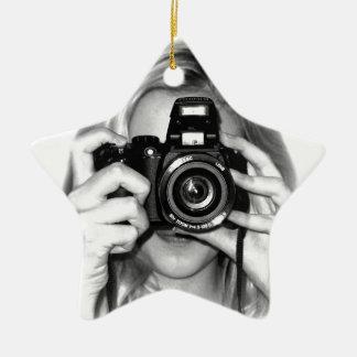 カメラを持つ女の子 セラミックオーナメント