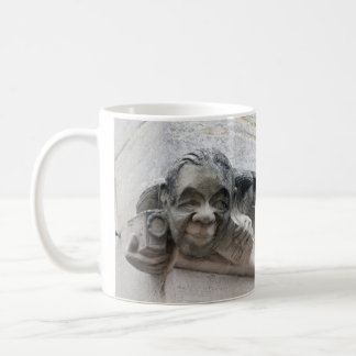 カメラマンのガーゴイルのマグ コーヒーマグカップ