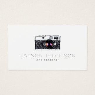 カメラマンのヴィンテージのカメラのイラストレーションのロゴ 名刺