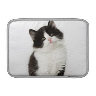 カメラ若い子ネコの着席の検討 MacBook スリーブ