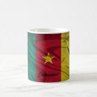 カメルーンの旗のマグ コーヒーマグカップ
