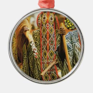 カメルーン、Banjougeの種族のダンサー メタルオーナメント