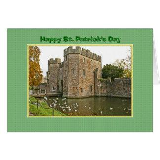 カモメが付いているセントパトリックの日の城そして堀 カード