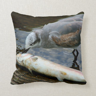 カモメの食べ物の魚の絵画 クッション