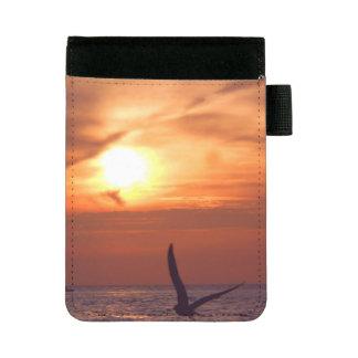 カモメ、日没および海の小型パッドのフォリオ ミニパッドフォリオ