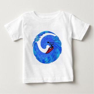 カヤック大きいバレル ベビーTシャツ