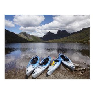 カヤック、揺りかご山およびdove湖の揺りかご ポストカード