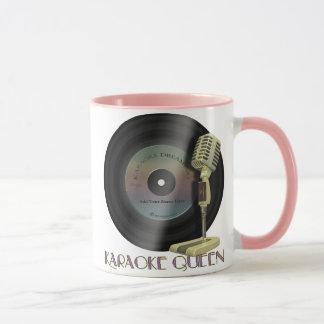 カラオケの女王の名前入りな飲み物用品 マグカップ