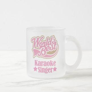 カラオケの歌手のギフト(世界のベスト) フロストグラスマグカップ