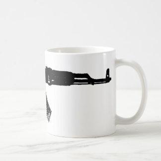 カラシニコフ自動小銃のシルエット コーヒーマグカップ