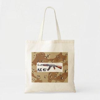 カラシニコフ自動小銃の砂漠の迷彩柄 トートバッグ