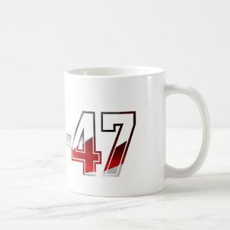 カラシニコフ自動小銃AKMの突撃銃のロゴの赤い白およびBlue.pn コーヒーマグカップ