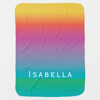 カラフルでかわいい虹の勾配のグラデーションなモノグラム ベビー ブランケット