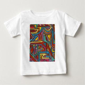 カラフルではっきりしたで幾何学的で抽象的な近代美術 ベビーTシャツ