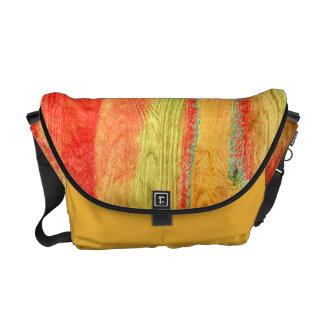 カラフルでモダンな木製の穀物の背景#6 メッセンジャーバッグ