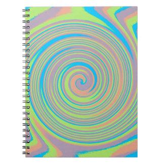 カラフルで渦巻形のな風車のデザイン ノートブック