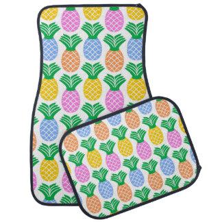 カラフルで粋なパイナップルパターン カーマット