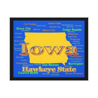 カラフルなアイオワの州のプライドの地図のシルエット キャンバスプリント