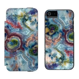 カラフルなエリマキシギの石のクローズアップ INCIPIO WATSON™ iPhone 5 ウォレット ケース